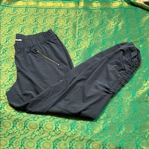 Atheta pants